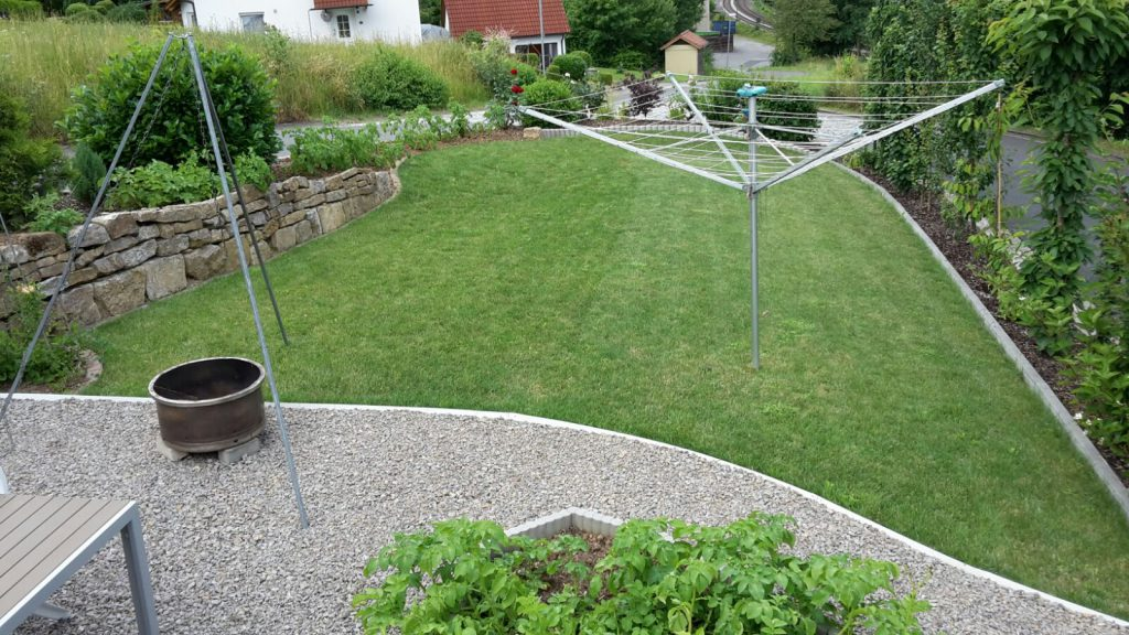 Viel grün findet sich im Garten von Hans-Joachim Schmidt aus Grünsfeld.