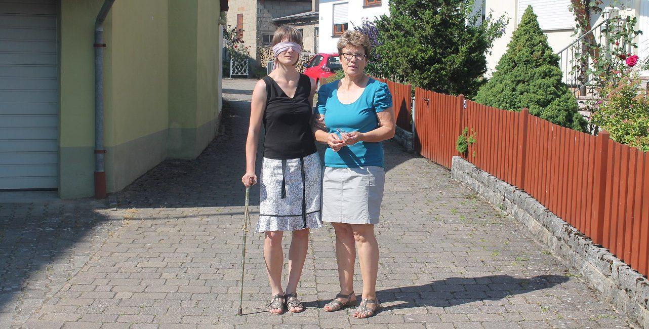 Christina Sack Selbstversuch Sehbehindert