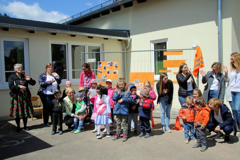 Wertheim bettingen kindergarten real time graphics for binary options